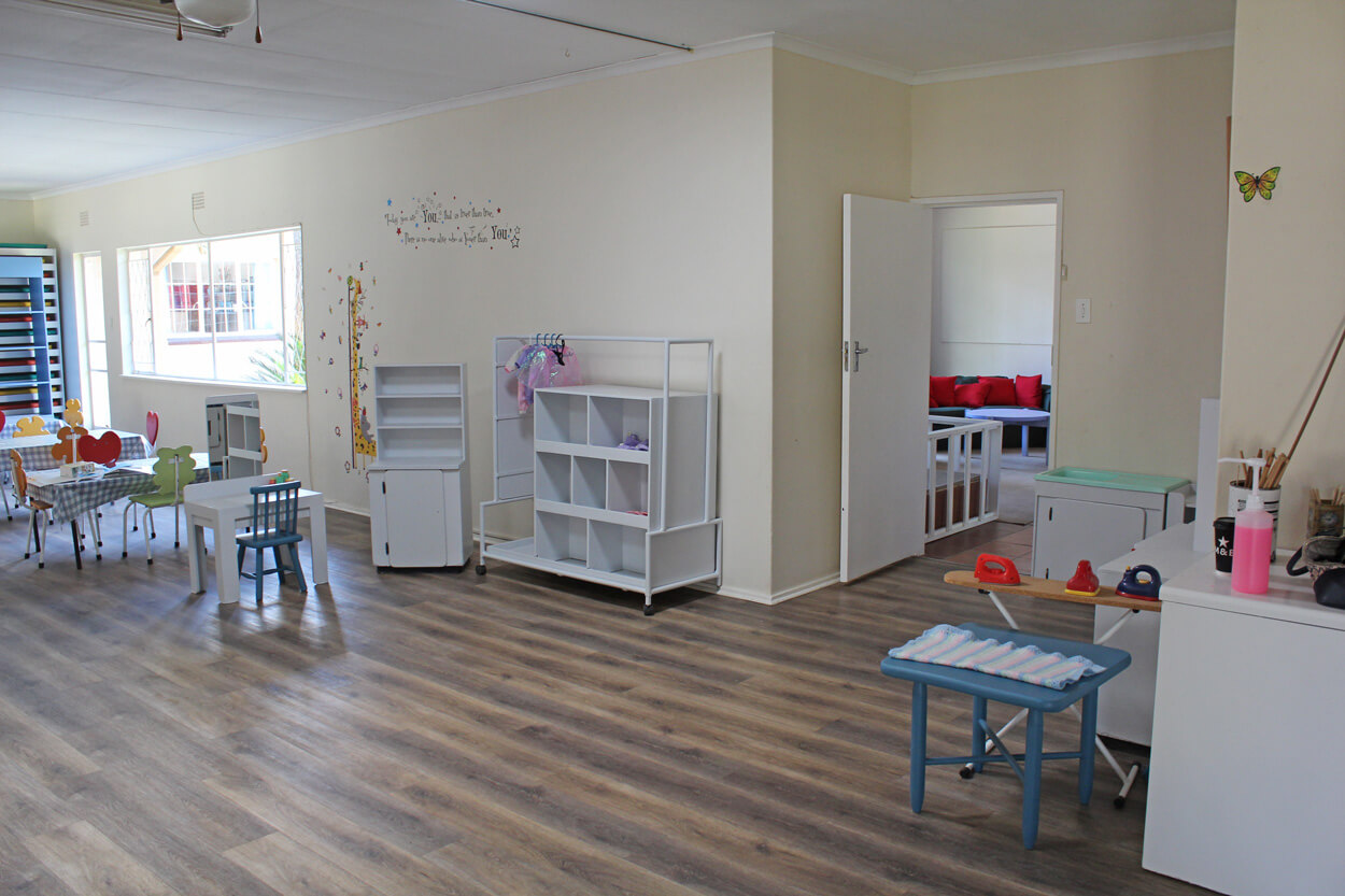 Dining-Play-Area